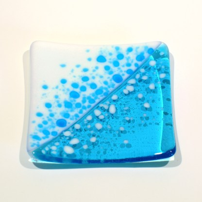 Emma Monceaux Ocean 12 square plate small front 2020