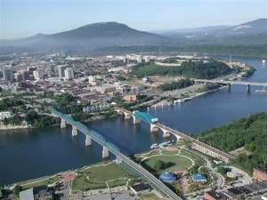 CHATTANOOGA, TN WANTS PROFESSIONAL GEEKS SO BAD They Will Give Them $10,000 to Buy A House Plus Moving Expenses…Honey, Pack Our Bags