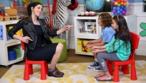 Sarah Silverman Teaches Kids About Comedy