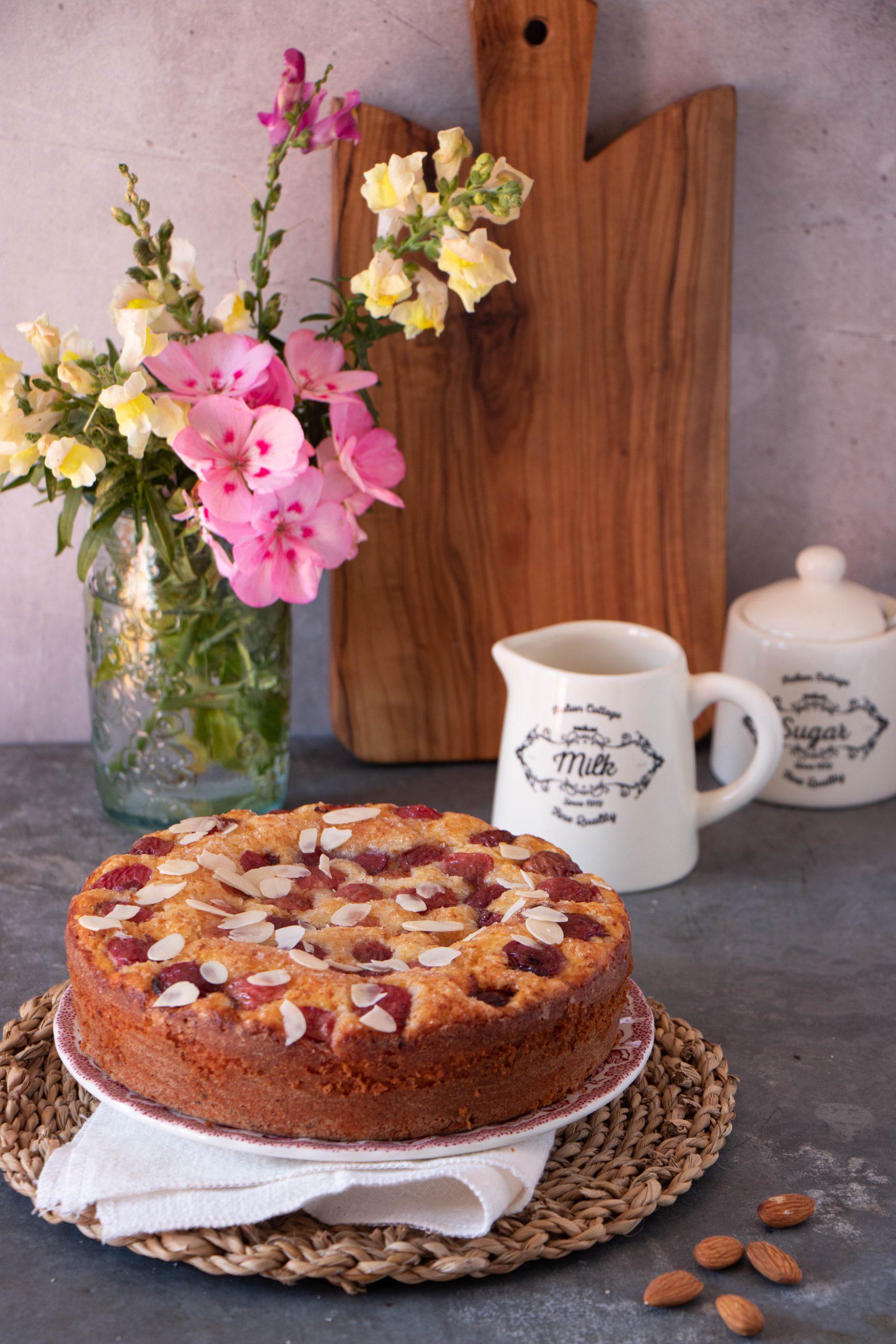 torta ricotta cocco e ciliegie