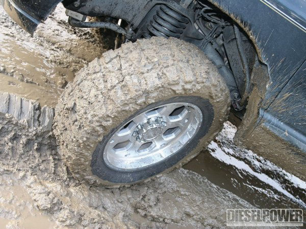 1104dp_17_o+1104dp_tested_street_vs_trail_vs_mud_tires+nitto_mud_grappler_mud_pit