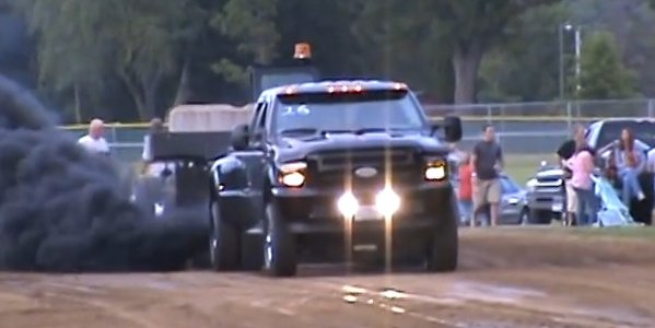 TRUCK OFF 2002 F-350 Diesel Pulls the Sled Off Course - Ford