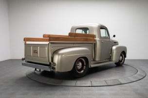 1949-Ford-F1-Pickup-Truck_289317_low_res