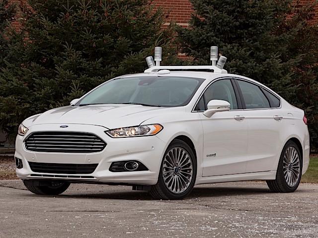 Autonomous, self-driving, Ford Fusion.