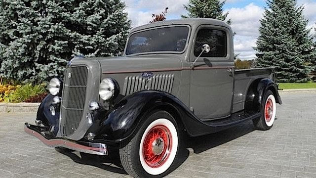 Ford Truck Parts Catalog >> Special 1935 Ford Pickup Sold for $45,100 - Ford-Trucks.com