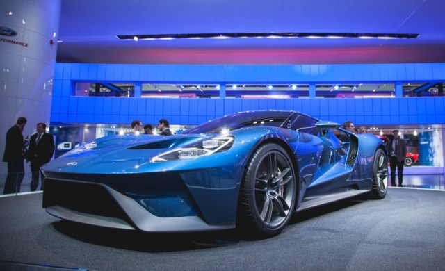 Ford-GT-Motion-101-876x535