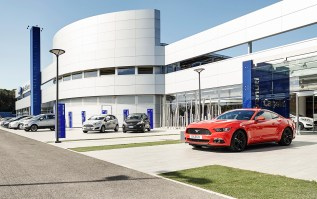FordStore-Rome-2