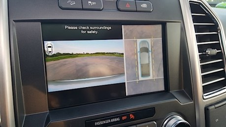 2015 Ford F-150 Platinum Review - 2015-07-01 20.09.54