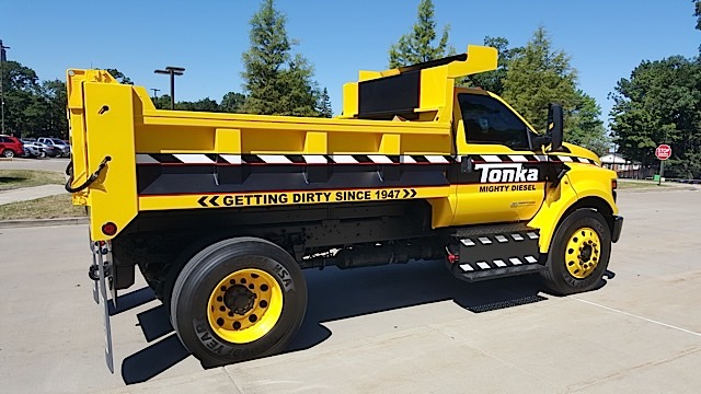 Ford F-750 Tonka Mighty Diesel - 2015-07-30 10.59.02