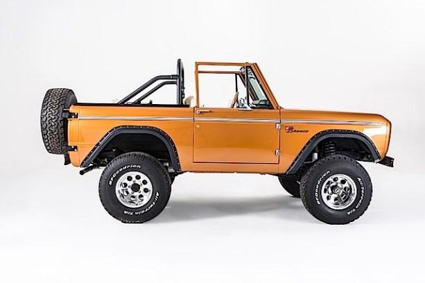Ford Bronco - SaddleBronze-015