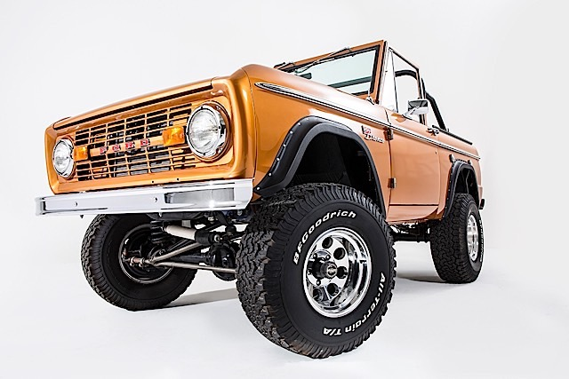 Ford Bronco - SaddleBronze-035