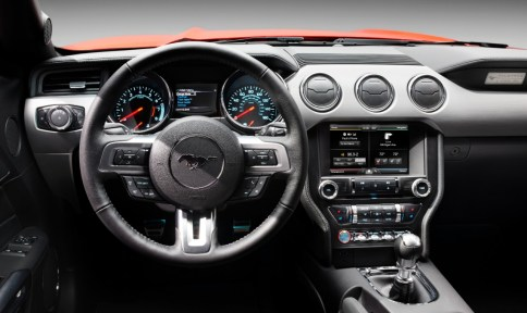 2015-Mustang-Steering-Wheel