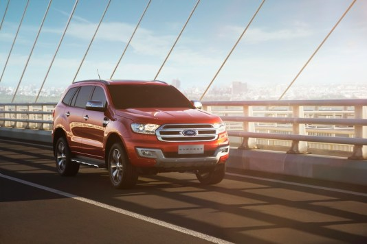 2015-ford-everest-debuts-in-thailand-will-be-manufactured-in-rayong-photo-gallery_6