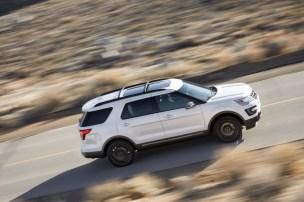 2017 Ford Explorer XLT Sport Appearance Package 9