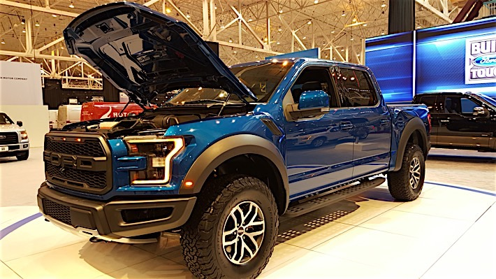 2017 Ford Raptor - Cleveland Auto Show_12