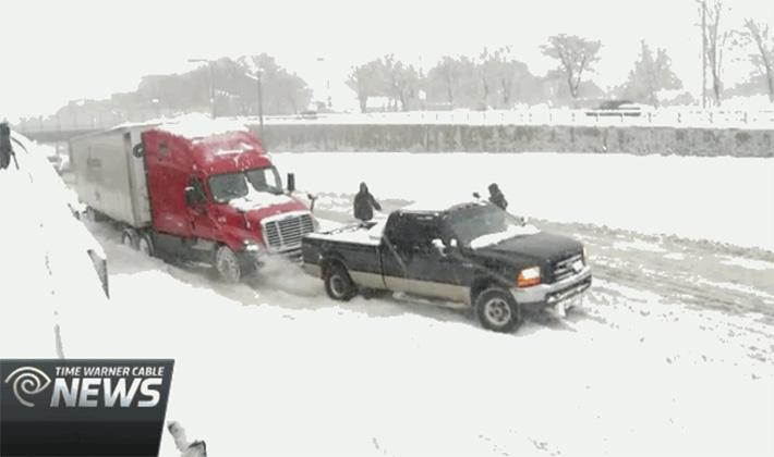 f250_semi_snow_pull