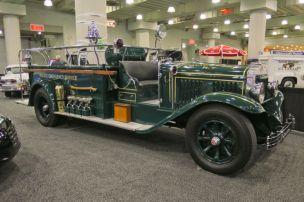 1930-Mack-Emergency-Response-Truck