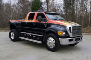 2006 Ford F650 3