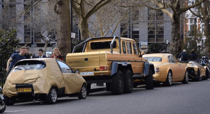 ford-ka-trolls-gold-wrapped-lambo-2