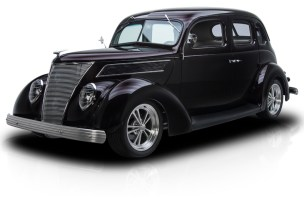 1937-Ford-Sedan_350063_low_res
