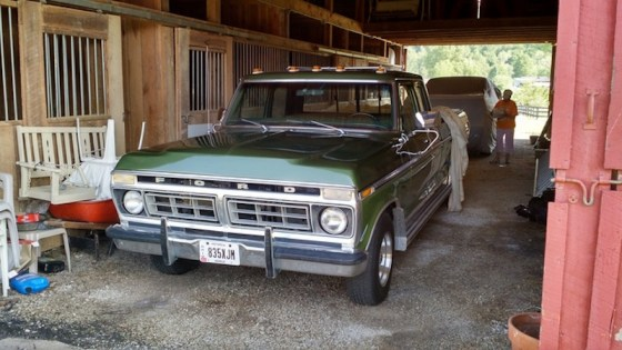 1976-ford-f150-barn-find-9