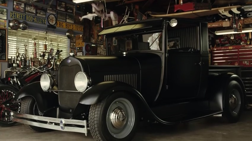 1929 Ford Model A truck - Front