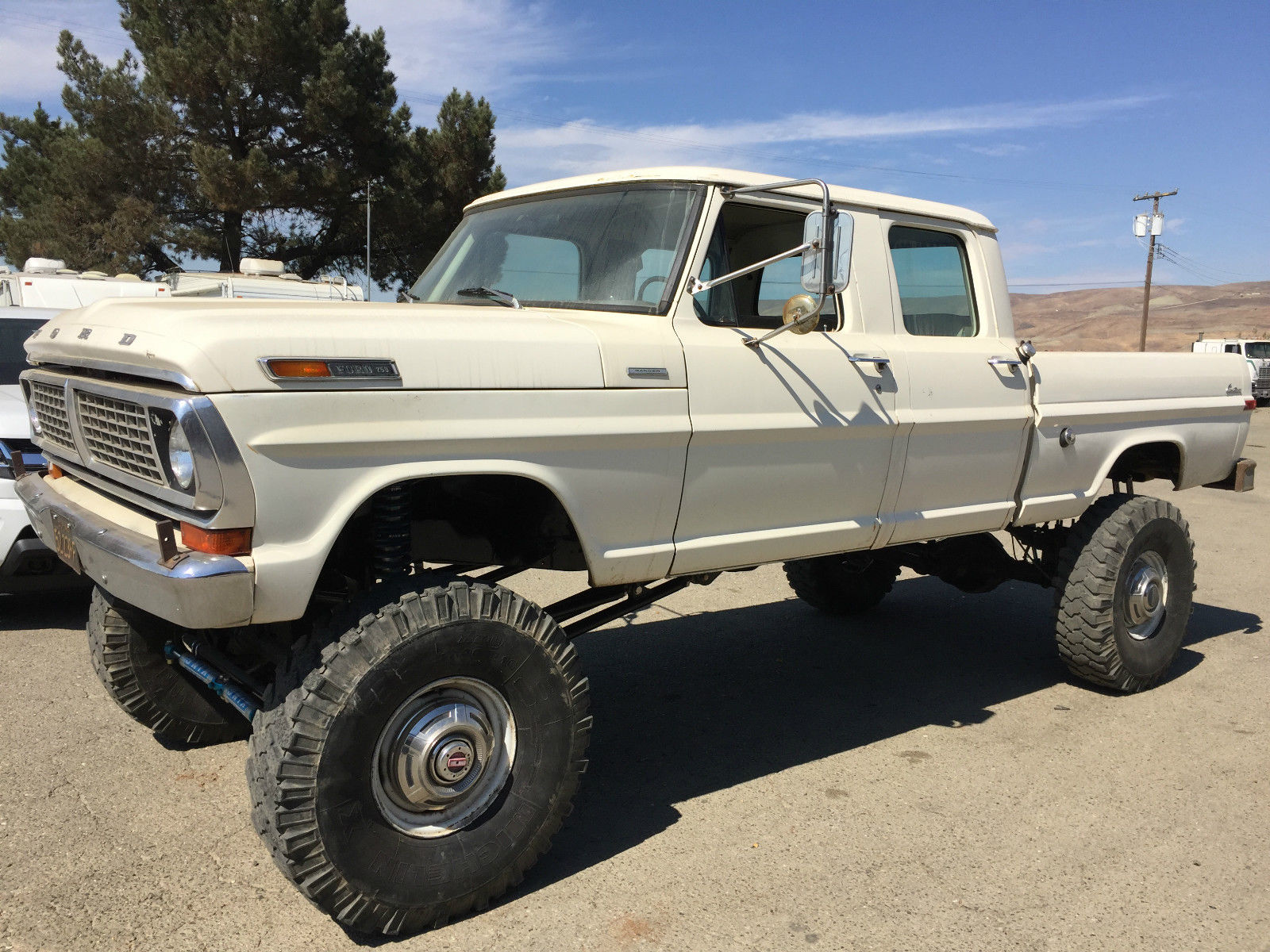 Tear Up The Trails With This 1970 Ford F 250 Crew Cab Ranger Camper Special Trucks Are A Dime Dozen These Days But It Wasnt Always That Way In Old Werent Family Haulers They Were Load And