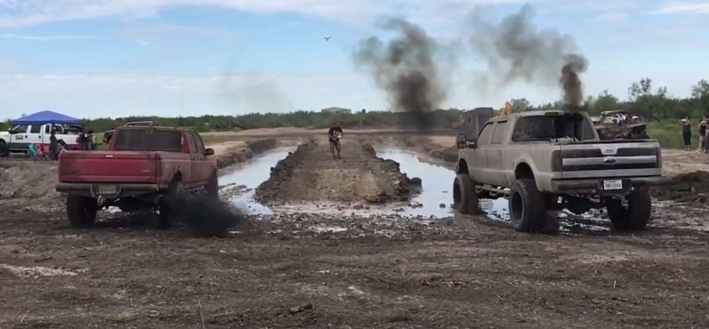 dueling-ford-diesel-mud-race