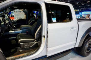 ford-trucks-chicago-auto-show-2017-jerry-perez-21