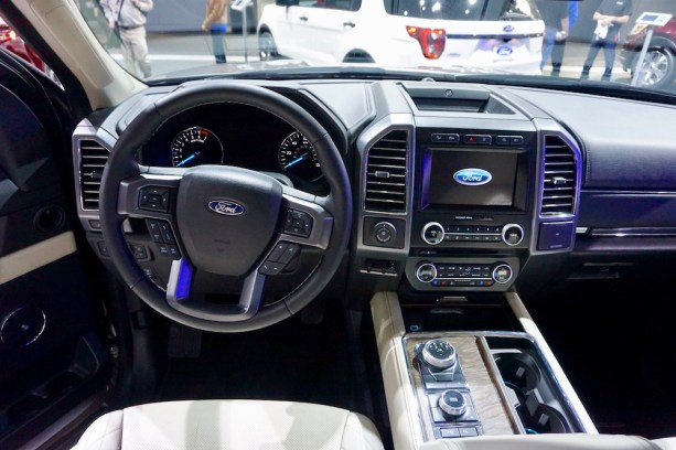 2017-nyias-ford-new-york-16
