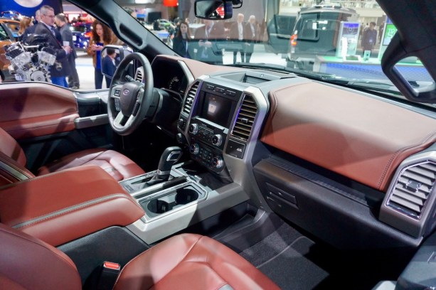 2017-nyias-ford-new-york-39
