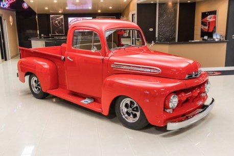 ford-f1-vintage-trucks-10