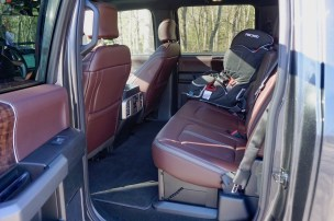 2017-ford-f-250-super-duty-platinum-review-15