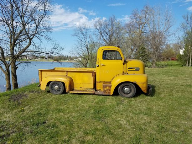 1948 Ford F6 COE