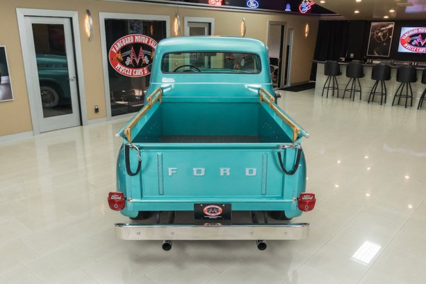 1956-Ford-F-100-8
