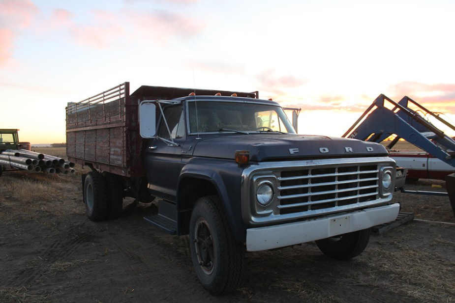 1976 Ford F-700