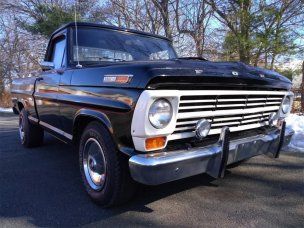 1968 F-100 Low Front