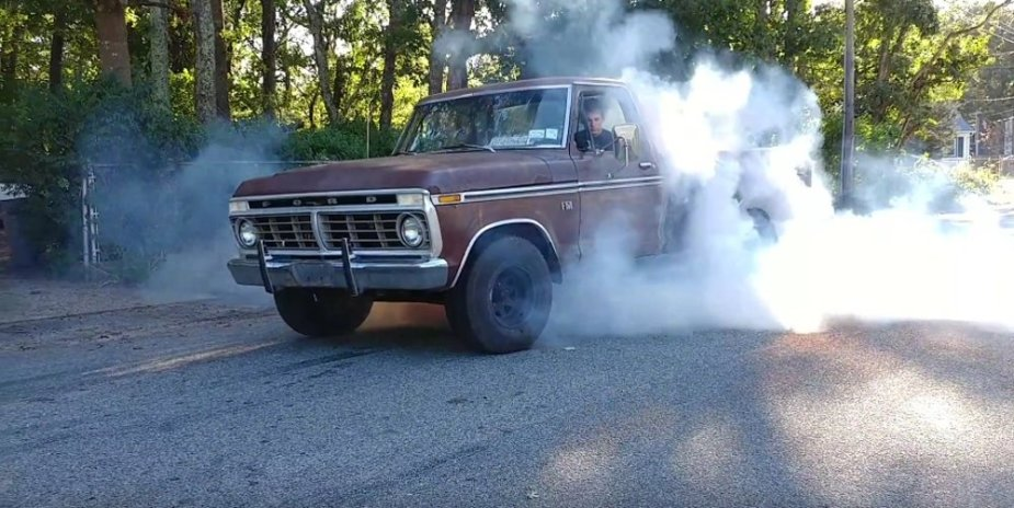 1975 Ford F-150 Burnout