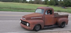 1951 Ford F1 Mutt Race Truck