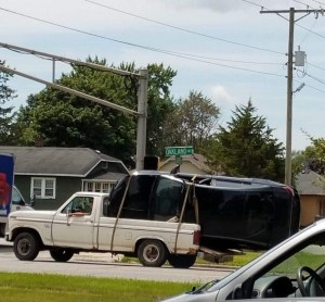 1980s F-150 towing car