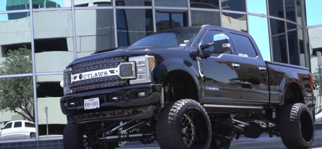 Lifted Ford F-250 King Ranch