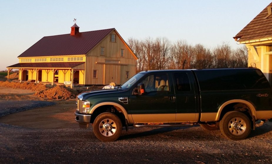 Clean F-350 with the Barn