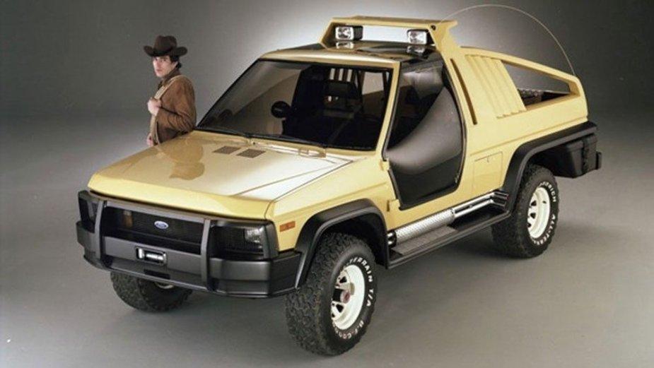 1981 Ford Bronco Montana Lobo Concept Front