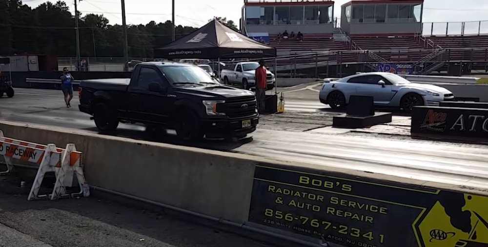 Ford F 150 Beats Up A Nissan Gtr On The Drag Strip