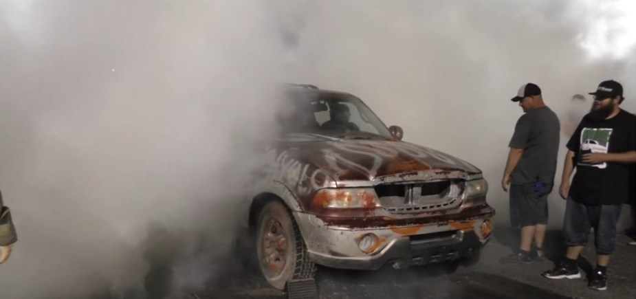 Lincoln Navigator Burnout End