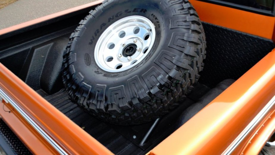 1975 Ford Bronco Bed