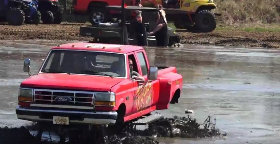 Gazra Ford F-350 Mud Truck Action
