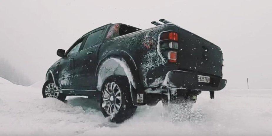 Ford Ranger Wildtrak Rear Drift Snow