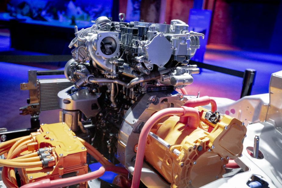 Ford EcoBoost Hybrid 48-Volt Powertrain