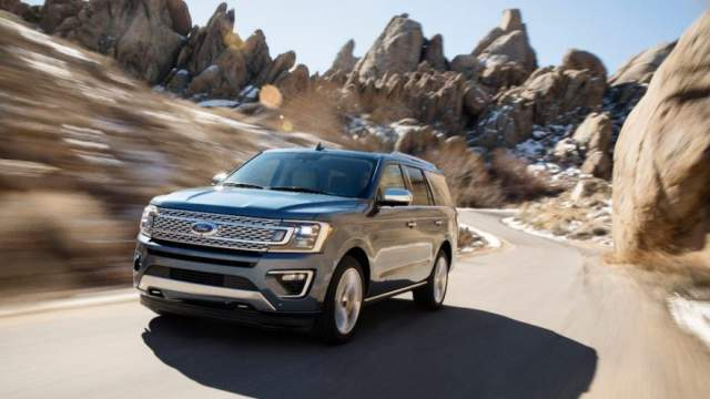 Ford Expedition front